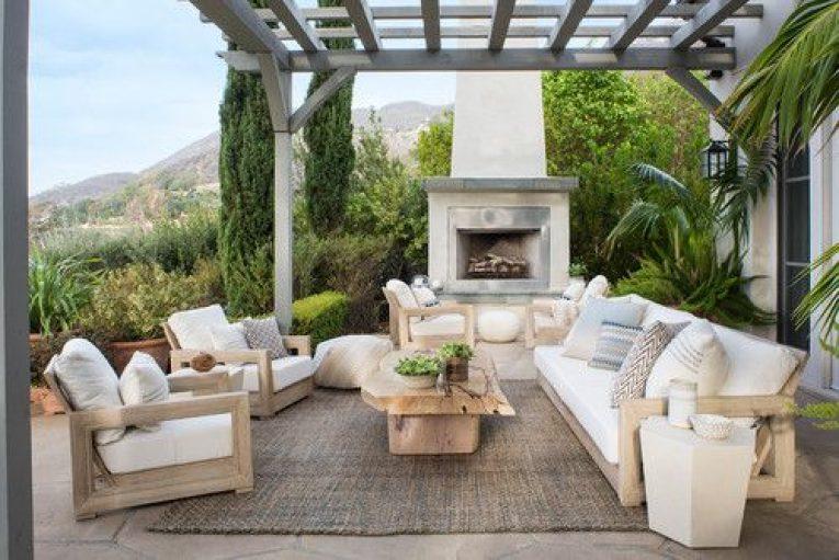 beach-style-patio